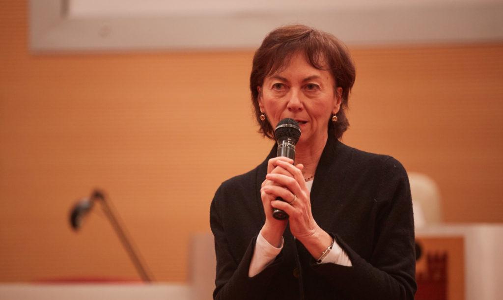 Paola Sciomachen_Presidente ROI in visita in AIMO